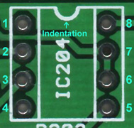 IC socket outline and pin numbering.